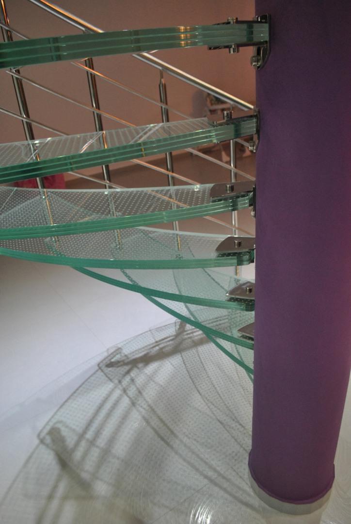 Scara circulară cu trepte de sticlă - 3