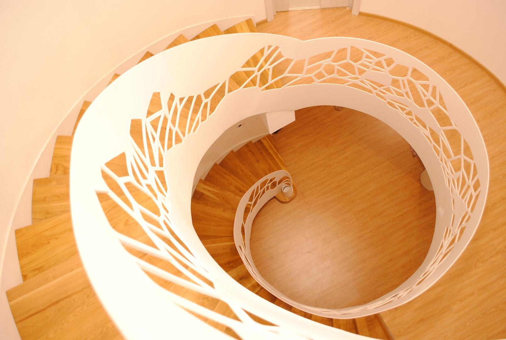 Scara circulară cu balustradă metal debitată laser - 3